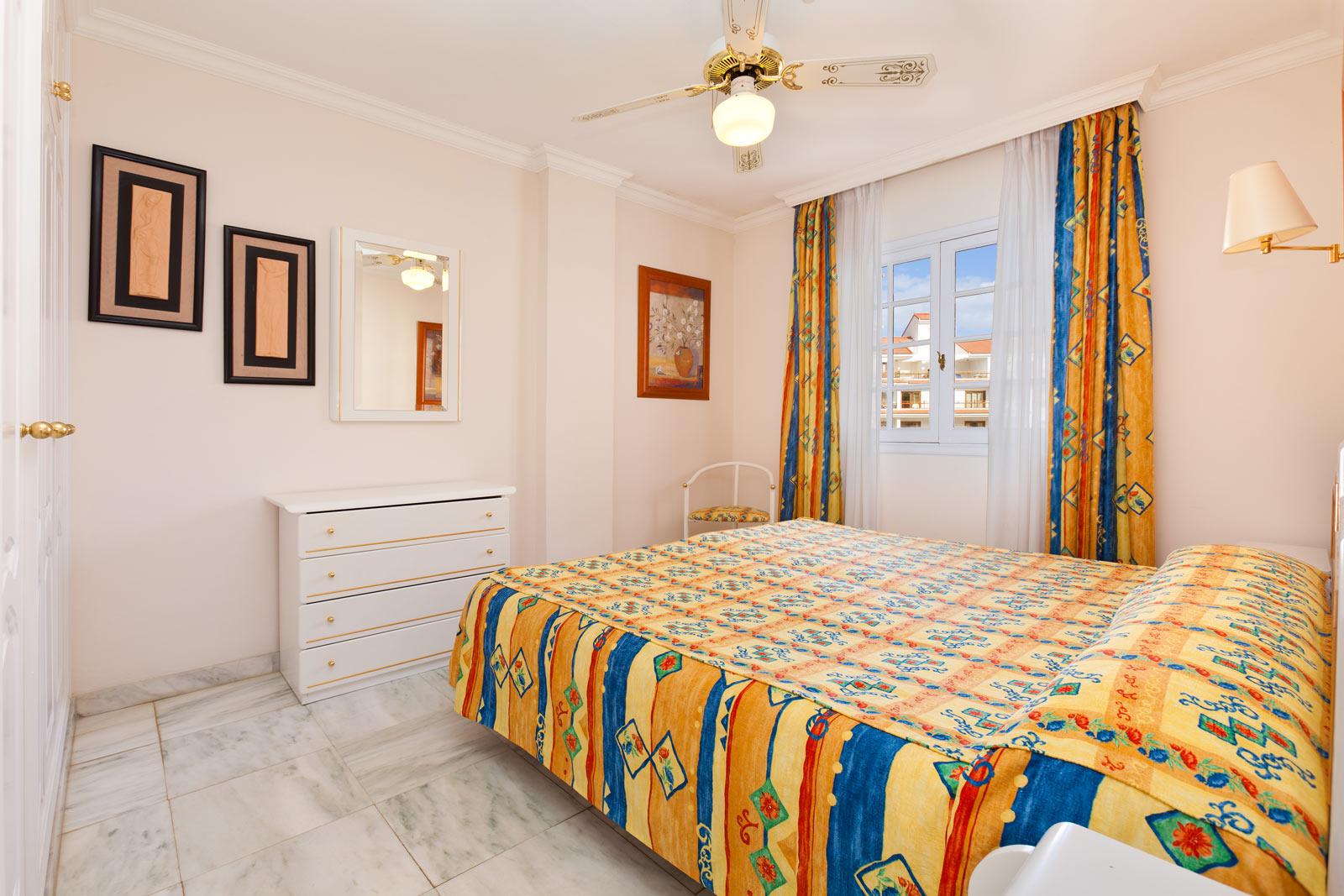 Apartamentos 2 dormitorios apartamentos casablanca tenerife for Camas tenerife